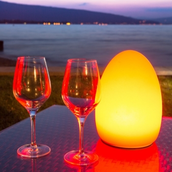 Lampe lumineuse LED 'Egg', 16 couleurs légères, portable
