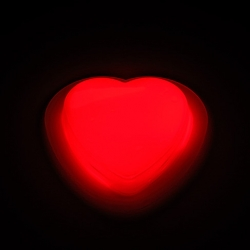 Pin corazón luminoso glow (10 unidades)