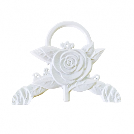 White Romantic Garden Bench Maximum Quality and Resistance Aluminum for garden, balcony, terrace, swimming pool.