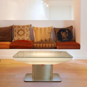 Table d'hospitalité illuminée avec la lumière DEL, RGB, sans fil, Studio