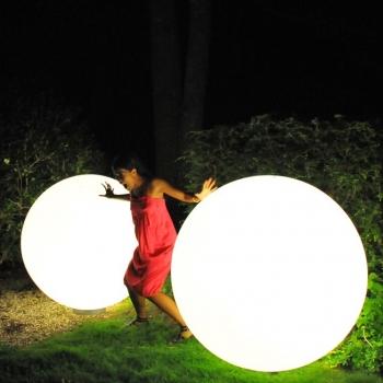 Bola luminosa led esférica 150 cm, luz 16 colores