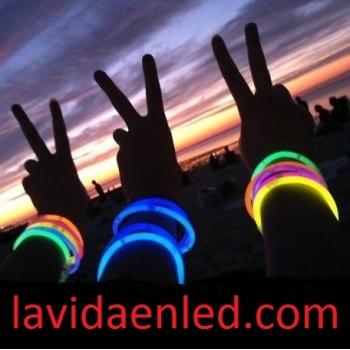 Pulseiras luminosas (glow)