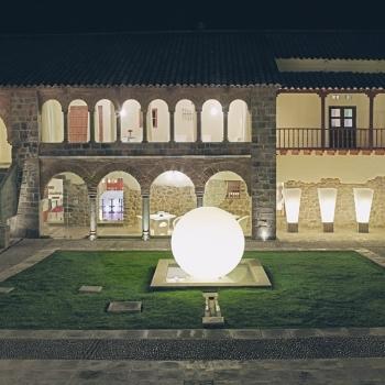 Boule lumineuse Sphérique LED 200 cm, lumière 16 couleurs